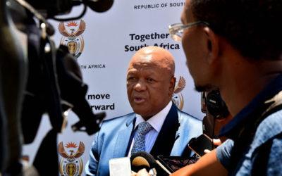 Energy minister Jeff Radebe removes the SA Nuclear Energy Corporation (Necsa) board